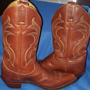 JUSTIN BOOTS SIZE 8 1/2 B